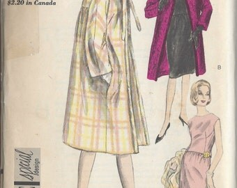 "1950s Vintage VOGUE Sewing Pattern B32"" COAT & DRESS (R708) Vogue 5765"