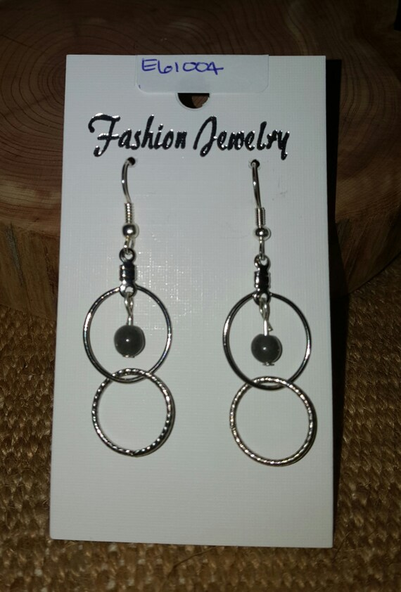 Circle Earrings with Petite Stone / Dark Grey Natural Stone Earrings/ Dangle Earrings / Hippie Earrings / Boho Jewelry / E61004