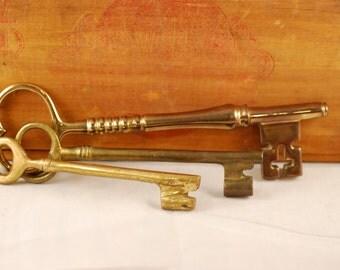 Vintage Decorative Skeleton Keys Set of Three