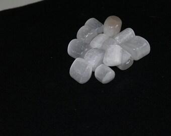 Selenite Tumblestone for Spiritual Healing, Reiki Crystal Gemstones