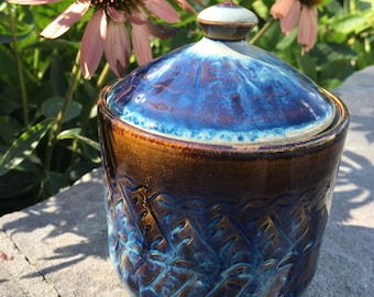 Hand made lidded ceramic container great for sugar, tea bags, honey, etc.