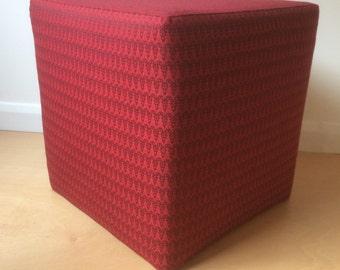 Cube stool Red Ram