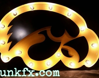 Hawkeye Marquee light by JunkFX