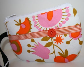 White Retro Floral Fabric Wristlet, IPhone Wristlet, SmartPhone Wristlet, Zippered Wristlet