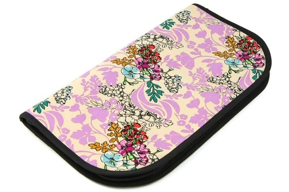 Super Zip Around Knitting Needle Organizer - Tangle Lavender - black pockets