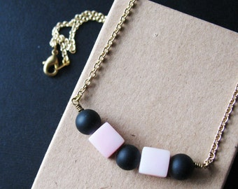 Retro Pop Black and Pink Beaded Cube Necklace Fashion Jewelry For women 80s