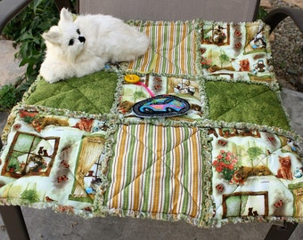 Cat Bed, Cat Blanket, Cat Quilt, Handmade Cat Bed, Fabric Cat Bed, Luxury Cat Blanket, Cat Bedding, Cat Accessories, Green Cat Bed, Cat nip