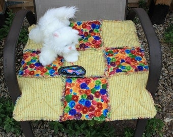 Cat Bed, Cat Blanket, Cat Quilt, Yellow Cat Bed, Handmade Pet Bed, Pet Bedding, Pet Accessories, Luxury Cat Bed, Travel Pet Bed, Catnip Bed