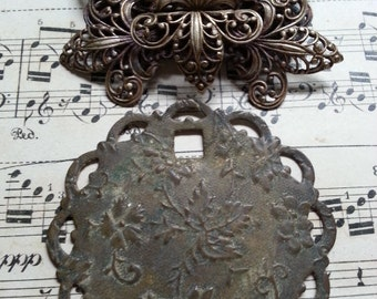 Gorgeous Escutcheon and Filigree Brooch. Steampunk. Jewelry Supplies.
