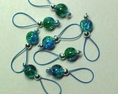 Aqua and Green Crackle Glass Stitch Markers - US 5 - Item No. 545