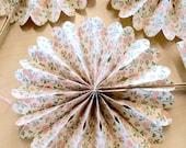 10 Crinkle Fans, Reception Table Decor, Wedding Centerpieces