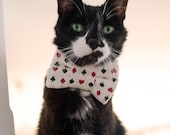 The Gambler: Card Suit Print Bow Tie For Cats
