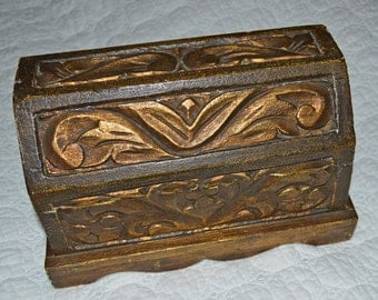 PIRATES BOUNTY - Vintage Gold Gilt Carved Wood Treasure Chest Jewelry Casket