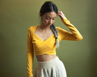 mustard criss cross crop top / long sleeve twisted top / yellow midriff shirt / 1697t / B18