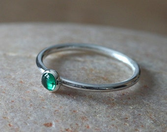 Emerald Stacking Ring, Sterling Silver Ring, Size 2 to 15, May Birthstone, Green Stacking Ring, Gift for Her, Womens Jewelry,Birthstone Ring