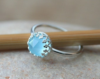 Aqua Blue Green Rose Cut Chalcedony Ring 8mm Stacking Ring in Sterling Silver, Princess Ring Womens, Crown Setting, May Birthstone,Size 2-15