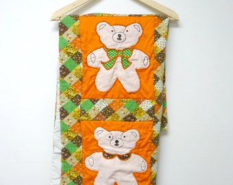 BEAR COUNTRY . 1970s vintage quilt/applique baby comforter