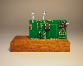 Handmade wooden synth The Flashtron mkIV