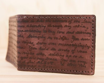 Mens Leather Wallet - Personalized Bifold in the Smokey Pattern in Mahogany - Custom inscription - Mens Gift