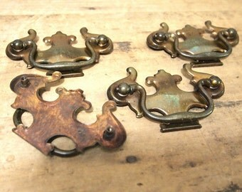Free Shipping Vintage drawer pulls Lot of 4 vintage  4 inches width