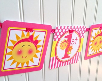 You are My Sunshine Happy Birthday Banner / Sunshine Banner Personalized with Name and Age / Pink with Yellow / Any Age