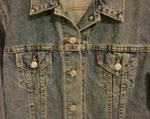 SALE,Vint. Levis Jacket, Denim Jacket, Levis Trucker Jacket, Early 80s,80s,Red Tab Levis,Jean Jacket, Mens Denim Jacket, Unisex, Medium