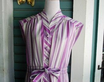 Vintage womens 1970's chevron print hippie summer dress... Size Large