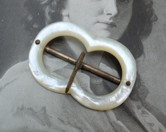 Vintage Mother of Pearl Buckle Shell Accessory