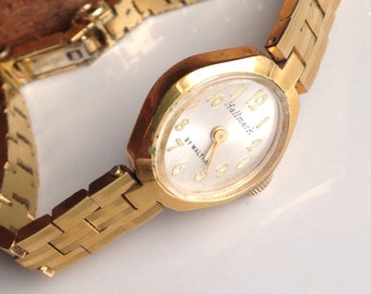 Vintage Hallmark Watch, Non Working Watch, Linked Gold Plated Watch, Etsy, Etsy Jewelry