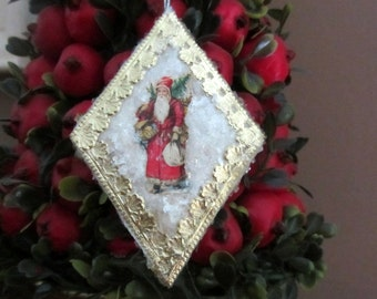 Vintage Style Pressed Spun Cotton Victorian Christmas Old World Style Ornament with Antique Santa Diecut, Dresdens and Vintage Mica