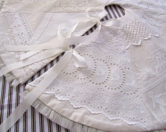 Lace Tree Skirt, Vintage Lace Patchwork, Tabletop Tree