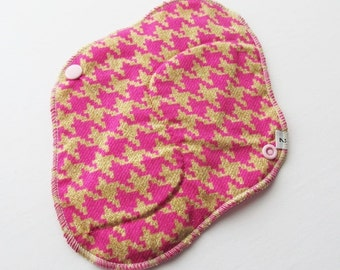 Cloth Mama Pad / Reusable Cloth Pad - Regular Flow  - Pink Houndstooth Printed 8 Inch FREE Shipping