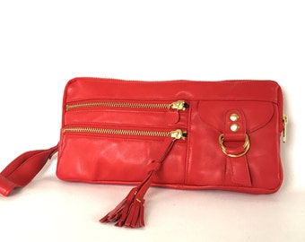 6 pocket Vigga wristlet clutch in red