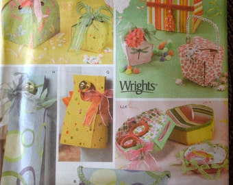 Sewing Pattern Simplicity 4320 Fabric Gift Boxes and Bags Uncut Complete