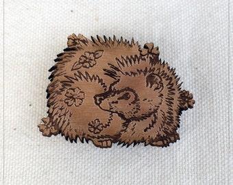 Hedgehog pin in alder wood - European hedgie