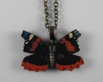 END of Year SALE Flutter Beauty Wood Butterfly Pendant Bronze Necklace