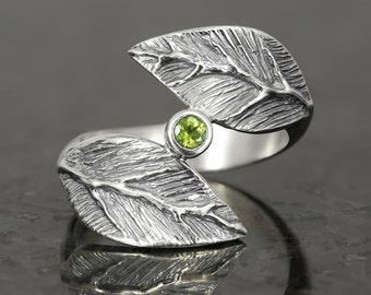 Peridot leaf ring in sterling silver