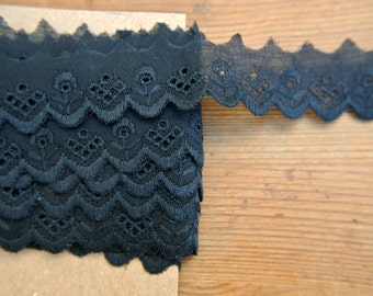 Vintage eyelet lace, black trim cotton lace, 3 yards, 1inch width, cut of the original pack