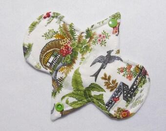 6.75 Inch (17 cm) light / liner - Reusable Cloth Menstrual Pad (6LC) - Scenes of Japan