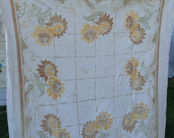 Vintage 1970's Era Linen Yellow and Brown Sunflower Print Tablecloth