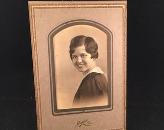 Vintage Cabinet Photograph of Young Woman (Black and White Photograph)