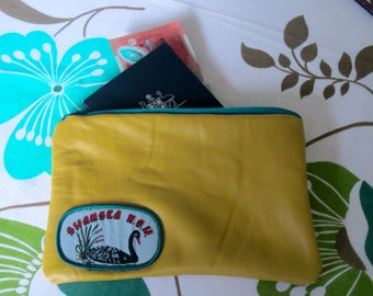 Vintage leather small zip pouch
