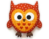 Owl Pattern -  plush pillow sewing pattern PDF