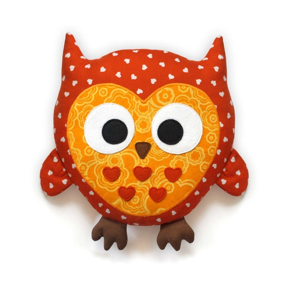 Owl Pattern -  plush pillow sewing pattern PDF