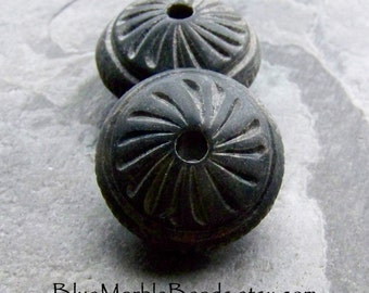 Tribal Bead-Boho Chic-Boho Beads-Big Hole Bead-Large Lucite Beads-Black Beads-Carved Bead-Vintage Beads-Statement Beads-Saucer Beads-2 Beads