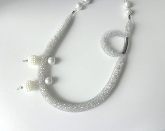 White silver pearl necklace, mesh net necklace