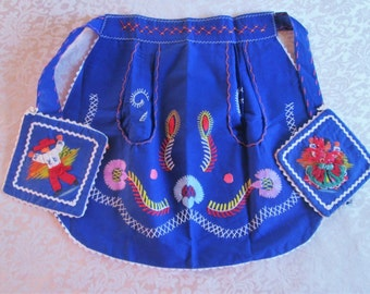 Vintage Apron Potholders Portugal Blue Embroidery Vintage Embroidered Kitchen Linens Folk Apron