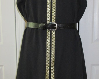 "Surcoat, Ready Made, Black Linen-Look with Gold Celtic Trim, 43"" Chest, Small"