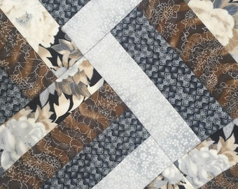 Rail Fence Patchwork Quilt - Silver Narumi 34x42 inches