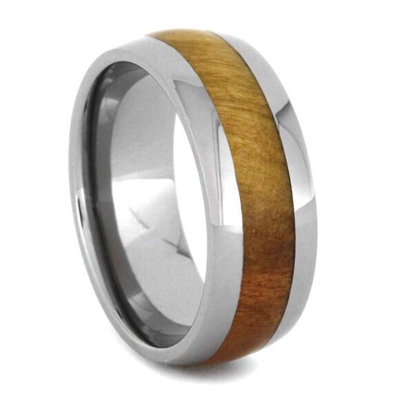 holz hochzeitsband titan ring mit flamme box von jewelrybyjohan. Black Bedroom Furniture Sets. Home Design Ideas